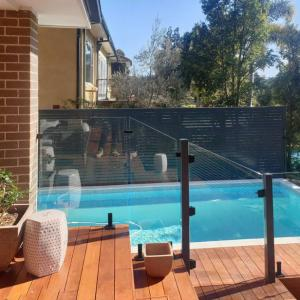 View Photo: Glass pool safety fence