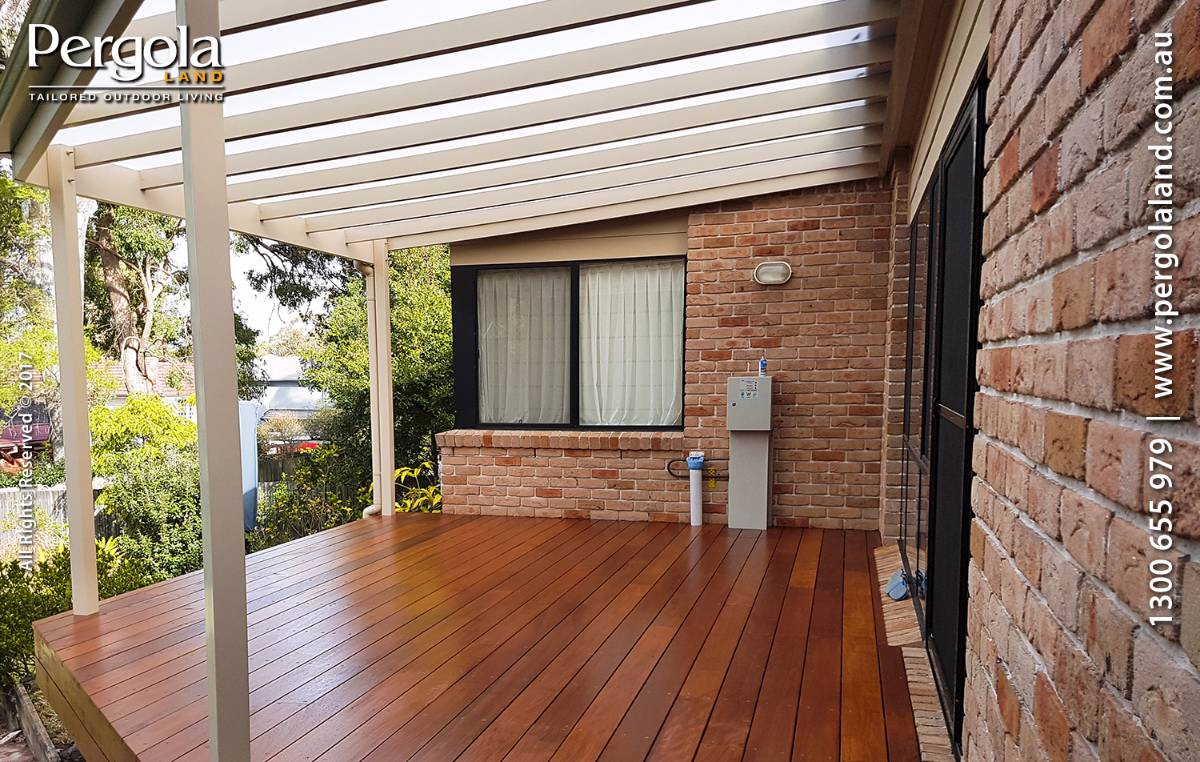 View Photo: Hardwood Deck with ArcoPlusIR Pergola