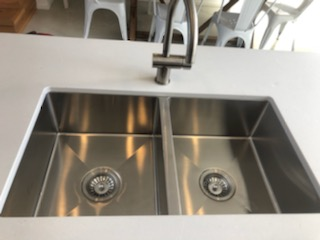 View Photo: Sink cleaning