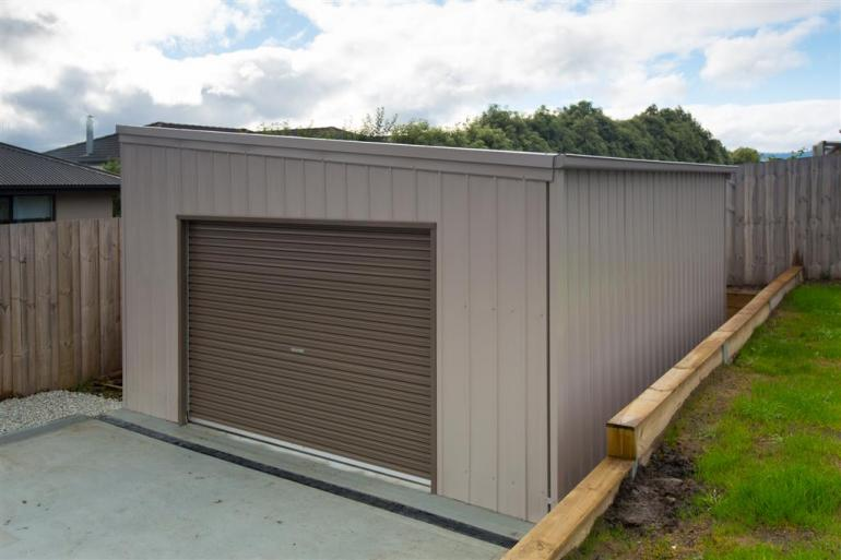 View Photo: 4.5m x 6.0m x 2.4-2.8m skillion shed