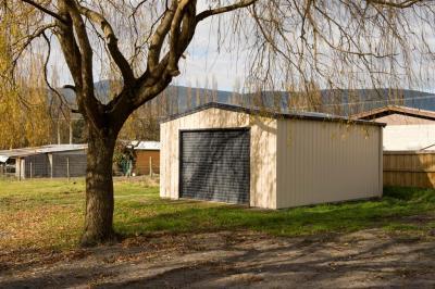 View Photo: 4.5m x 6.0m x 2.4m garage