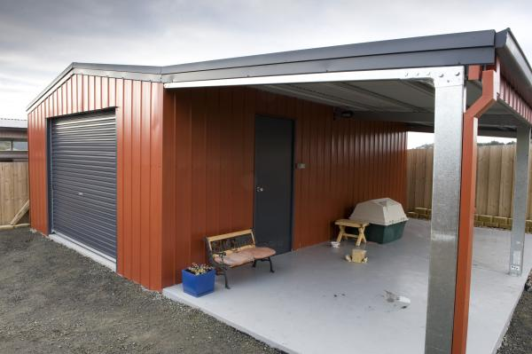 View Photo: 5.0m x 7.0m x 2.4m with 3.0m wide open leanto