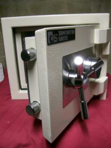 View Photo: Dominator Safe