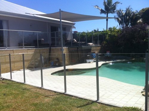 View Photo: Semi-Frameless Glass Fencing