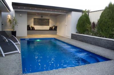 View Photo: Empire Compact Fibreglass Pool