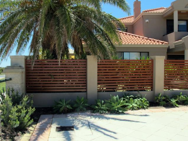 Read Article: Finding the Right Fence for Your Property