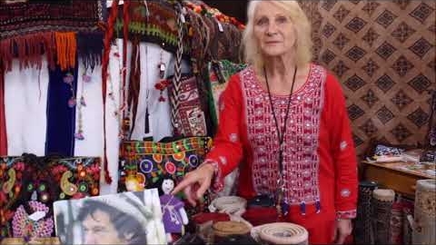 Watch Video: Imran khan - discussions with Nina Bondarenko of Silk Road Rugs and Tours, Northcote, Melbourne, Australia.