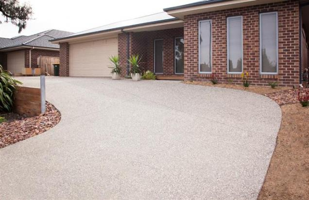 What to Consider Before Sealing Your Driveway