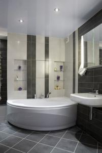 View Photo: Corner Bath with Hand Shower in Grey