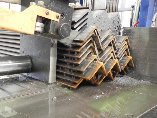 View Photo: Pack Cutting