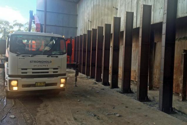 View Photo: Push Wall Columns