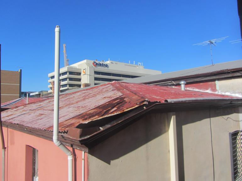 View Photo: Deteriorated Roof Sheeting