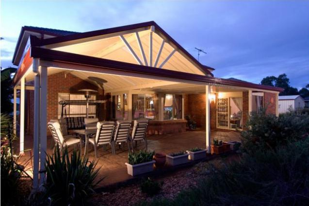 View Photo: Bringing lifestyle to life with a Sunscreen patio