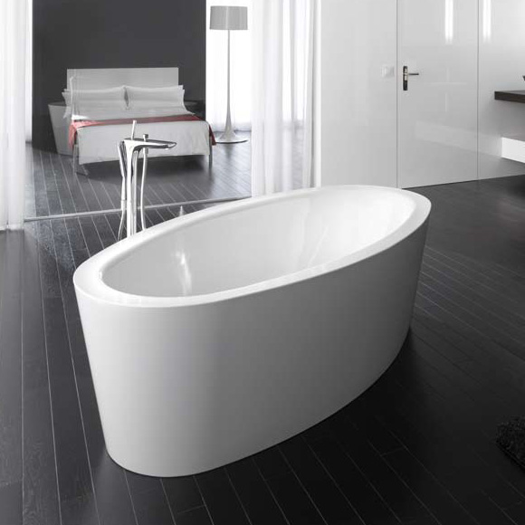 Bette Home Oval Silhouette Freestanding Bath