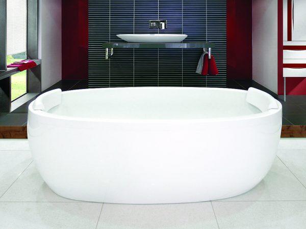 View Photo: Decina Sheraton Freestanding Bath