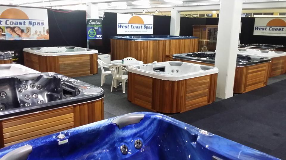 View Photo: Showroom Spas and Saunas