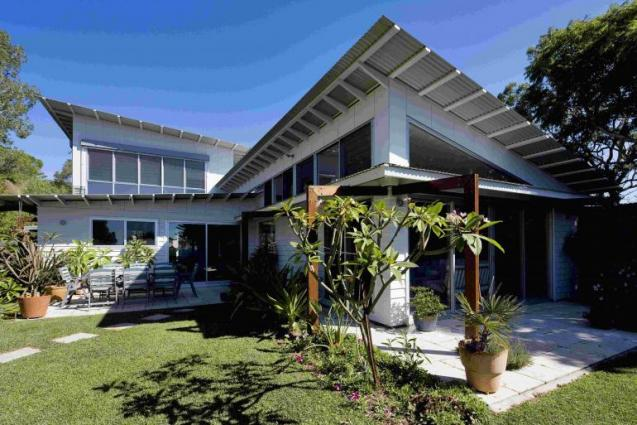 View Photo: Collaroy new house external view