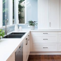 View Photo: Zesta Kitchens Splashback - Templestowe