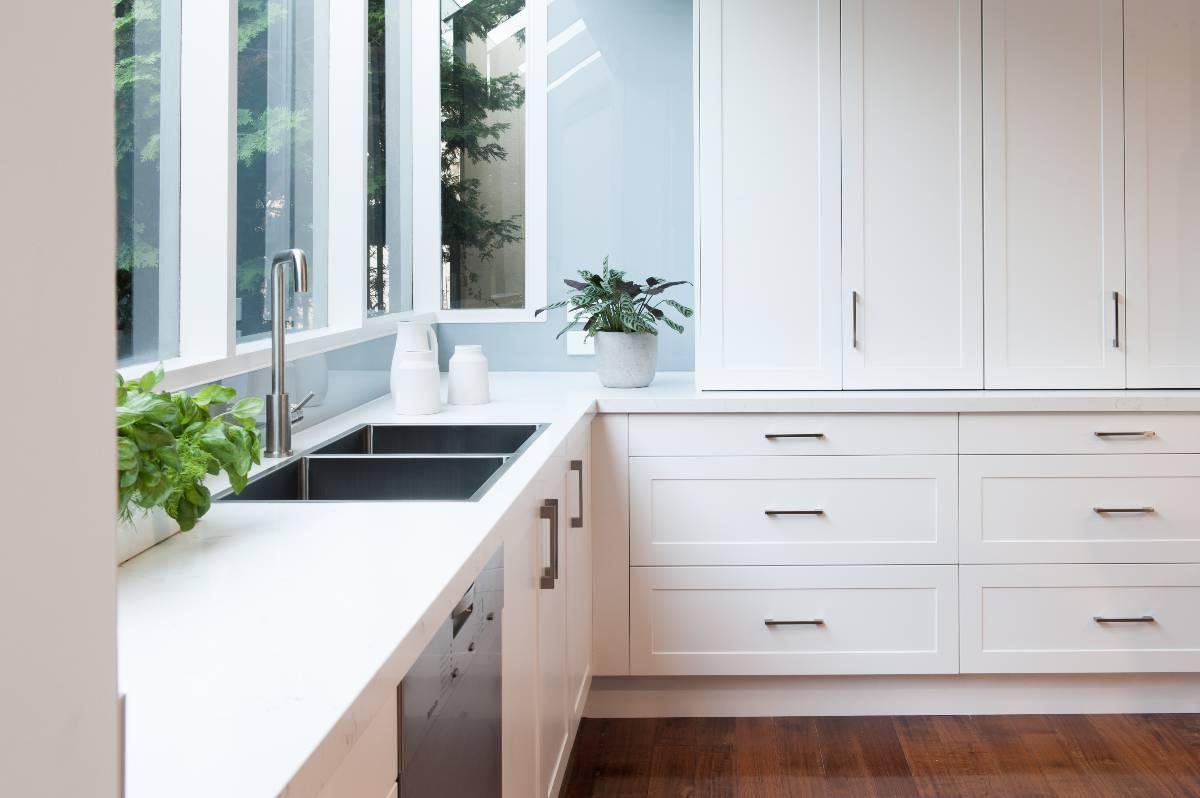 View Photo: Zesta Kitchens Splashback - Templestowe